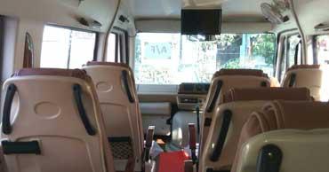 delhi chardham yatra tour by 12 seater tempo traveller