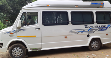 chardham yatra tour by 12 seater deluxe 1x1 tempo traveller