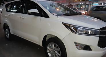 char dham yatra tour by 8 seater innova crysta car